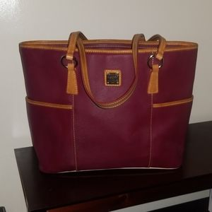 Dooney and Bourke XL leather tote discontinued